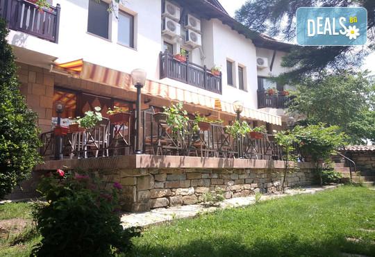 Хотел Елена - снимка - 2