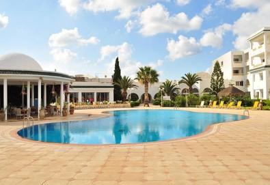 Самолетна почивка в Тунис! 7 нощувки на човек на база All inclusive в Hotel Zodiac 4*, Хамамет, Североизточен Тунис с двупосочен чартърен полет от София - Снимка
