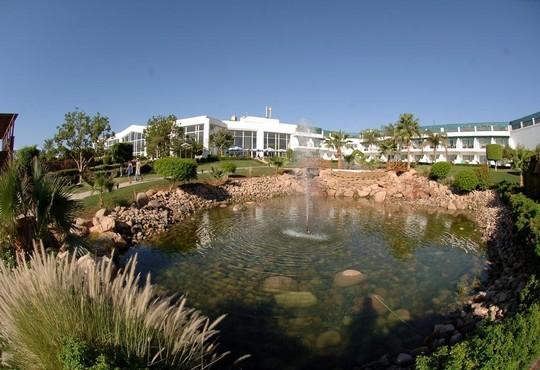 Hilton Sharm Waterfalls Resort 5* - снимка - 21