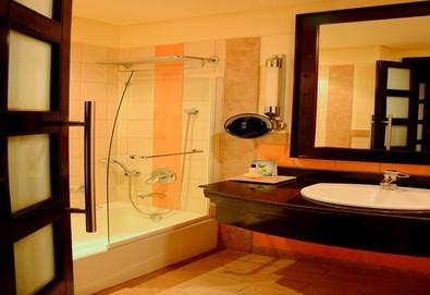 Самолетна почивка в Египет! 7 нощувки на човек на база Ultra all inclusive в Reef Oasis Blue Bay Resort 5*, Шарм Ел Шейх, Червено Море с двупосочен чартърен полет от София - Снимка