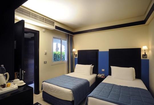 Reef Oasis Blue Bay Resort 5* - снимка - 2