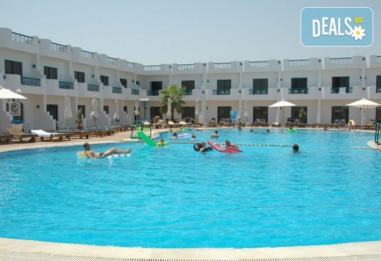 Sharm Cliff Resort 4* - снимка - 2