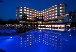 Нова Година 2020 в Турция със самолет! 4 нощувки на човек на база All inclusive в Febeach Hotel Side 4*, Сиде, Турска ривиера с двупосочен чартърен полет от София - Снимка