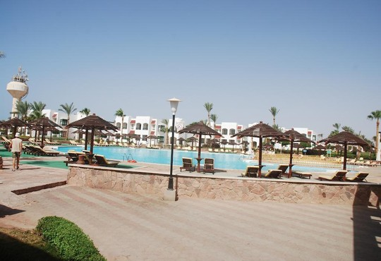 Coral Beach Resort Montazah 4* - снимка - 28
