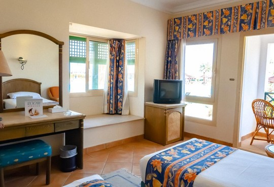 Coral Beach Resort Montazah 4* - снимка - 11