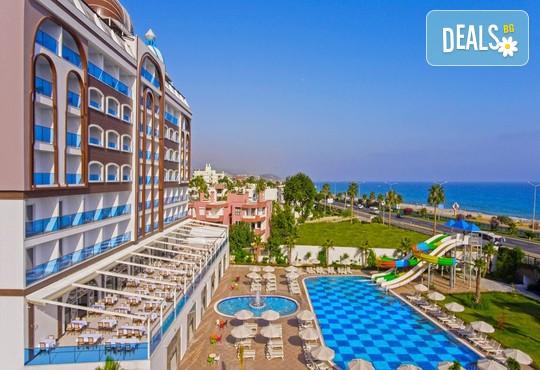Azur Resort & Spa 5* - снимка - 2