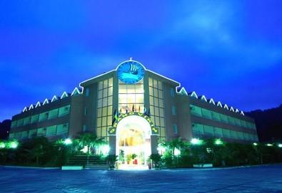 Самолетна почивка в Турция! 3 нощувки на човек на база All inclusive в Grand Viking Hotel 4*, Кемер, Турска ривиера с двупосочен чартърен полет от София - Снимка