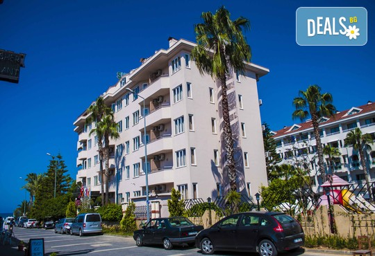 Sun Beach Hotel 3* - снимка - 1