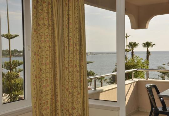 Sun Beach Hotel 3* - снимка - 18