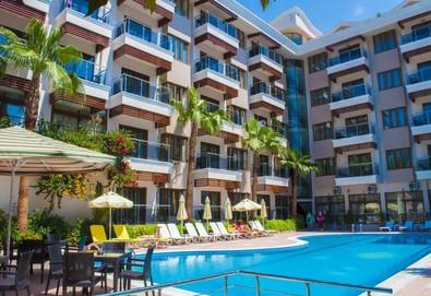 Самолетна почивка в Турция! 4 нощувки на човек на база All inclusive в Sun Beach Park Hotel 4*, Сиде, Турска ривиера с двупосочен чартърен полет от София - Снимка