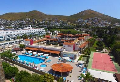 Самолетна почивка в Турция! 7 нощувки на човек на база All inclusive в Tiana Beach Resort 3*, Бодрум, Егейска Турция с двупосочен чартърен полет от София - Снимка