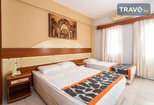 Tiana Moonlight Hotel 3* - снимка - 11