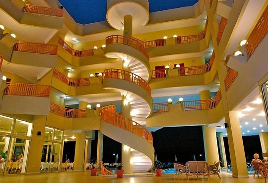 Golden Lotus Hotel 4* - снимка - 7