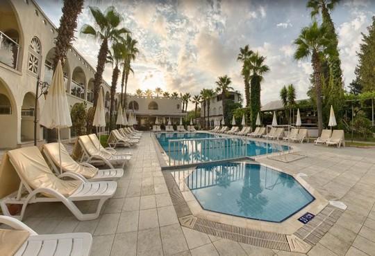 Golden Sun Hotel 3* - снимка - 36