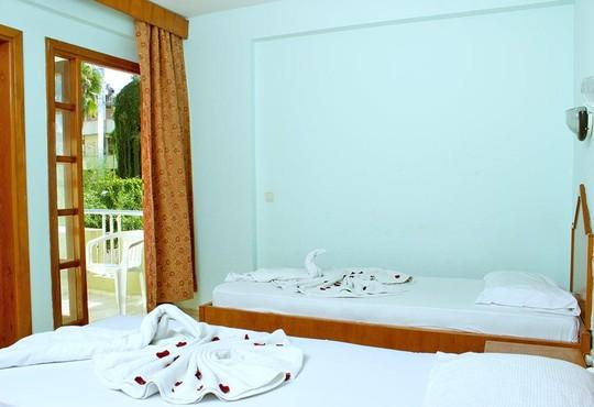 Ares City Hotel 3* - снимка - 2