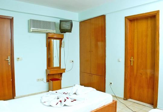 Ares City Hotel 3* - снимка - 3