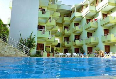 Самолетна почивка в Турция! 7 нощувки на човек на база All inclusive в Ares City Hotel 3*, Кемер, Турска ривиера с двупосочен чартърен полет от София - Снимка