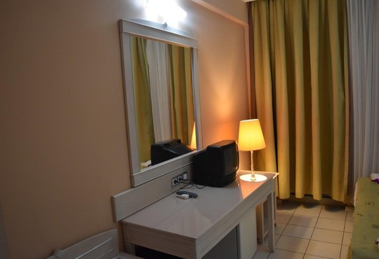 Ares Dream Hotel  4* - снимка - 3