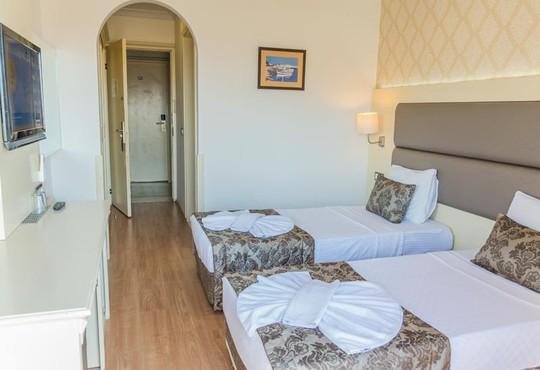 Grand Faros Hotel 3* - снимка - 20