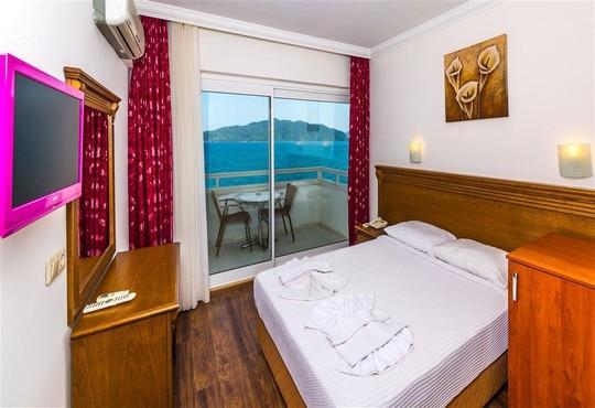Honeymoon Hotel 3* - снимка - 7