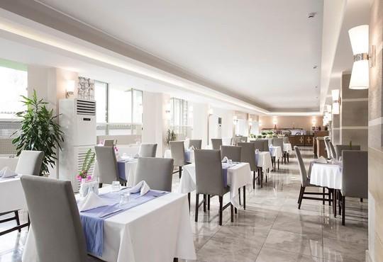 Marti La Perla Hotel 4* - снимка - 11