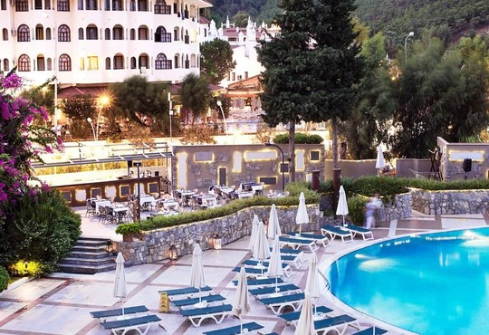 Marti La Perla Hotel 4* - снимка - 4
