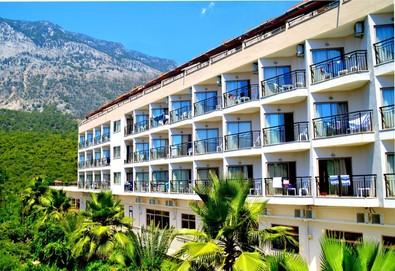 Самолетна почивка в Турция! 3 нощувки на човек на база All inclusive в Magic Sun Hotel 4*, Кемер, Турска ривиера с двупосочен чартърен полет от София - Снимка
