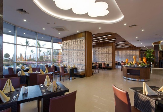 Michell Hotel & Spa 5* - снимка - 15
