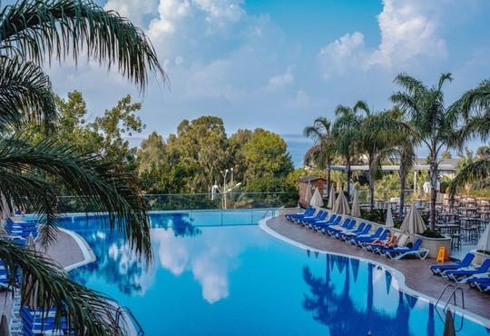 Michell Hotel & Spa 5* - снимка - 23