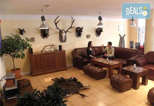 Апартхотел Eagle Lodge - снимка - 20