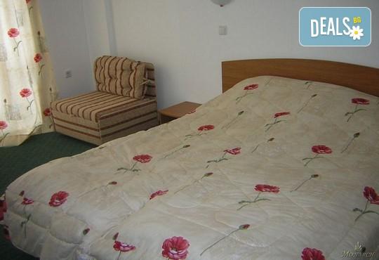 Хотел Айсберг 3* - снимка - 2
