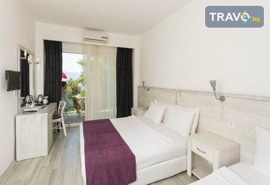 Charm Beach Hotel 4* - снимка - 12