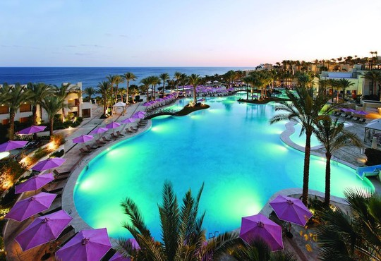 Grand Rotana Resort & Spa 5* - снимка - 1
