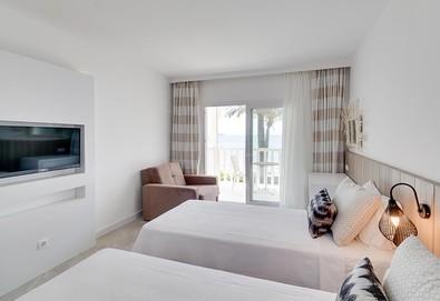 Самолетна почивка в Турция! 7 нощувки на човек на база Ultra all inclusive в Mio Bianco Resort 4*, Бодрум, Егейска Турция с двупосочен чартърен полет от София - Снимка