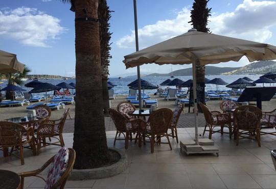Nagi Beach Hotel 3* - снимка - 8