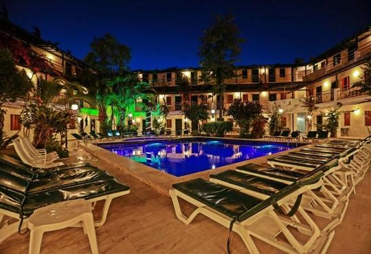 Sky Life Hotel 3* - снимка - 1