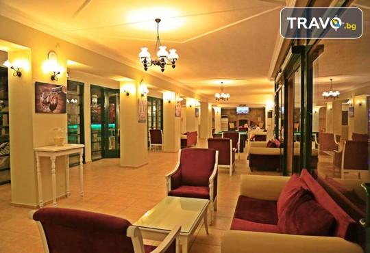 Sky Life Hotel 3* - снимка - 6