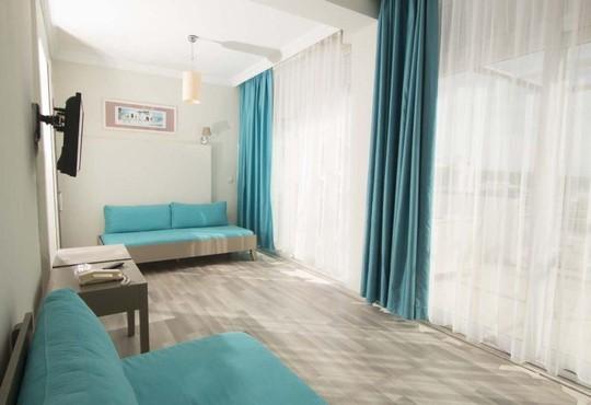 Sky Nova Hotel 4* - снимка - 2