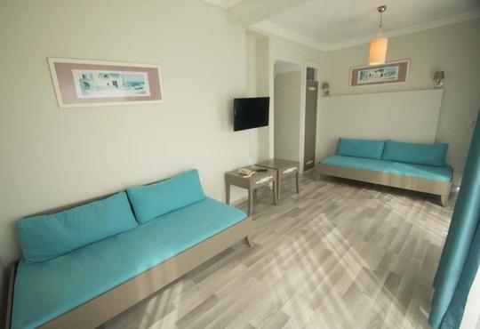 Sky Nova Hotel 4* - снимка - 4