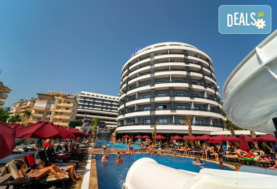 Nox Inn Deluxe Hotel 5* - снимка - 1