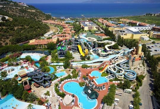 Aqua Fantasy Aquapark Hotel & Spa - снимка - 1