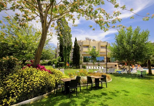 Akbulut Hotel - снимка - 2