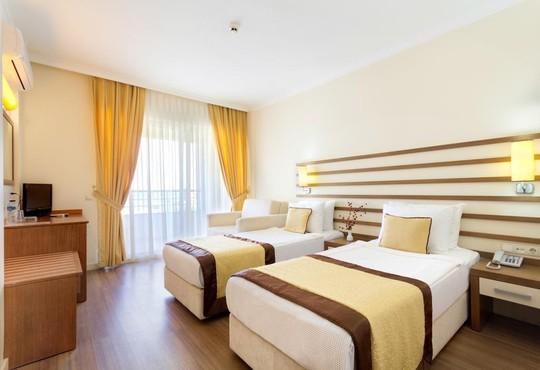 Akbulut Hotel - снимка - 3