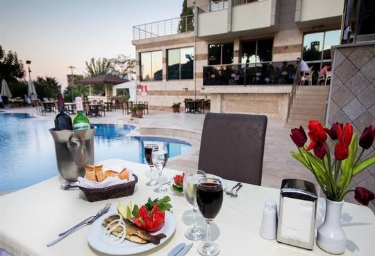Akbulut Hotel - снимка - 4