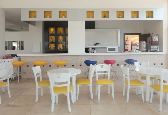Arora Hotel  - снимка - 12