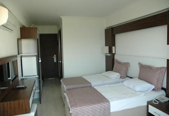 Arora Hotel  - снимка - 5