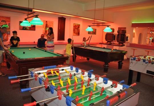 Club Hotel Grand Efe - снимка - 11