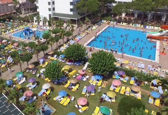 Club Hotel Grand Efe - снимка - 18