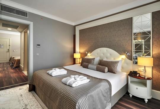 Sunis Efes Royal Palace Resort Spa Hotel  - снимка - 4