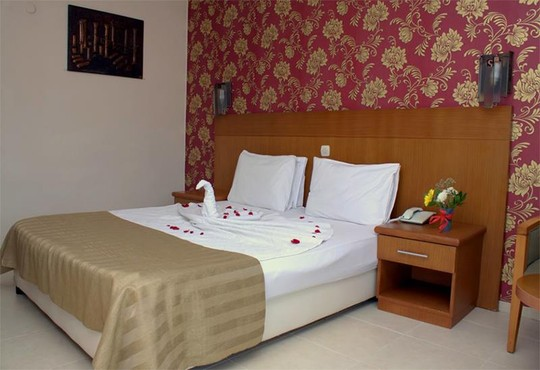 Surtel Hotel - снимка - 11